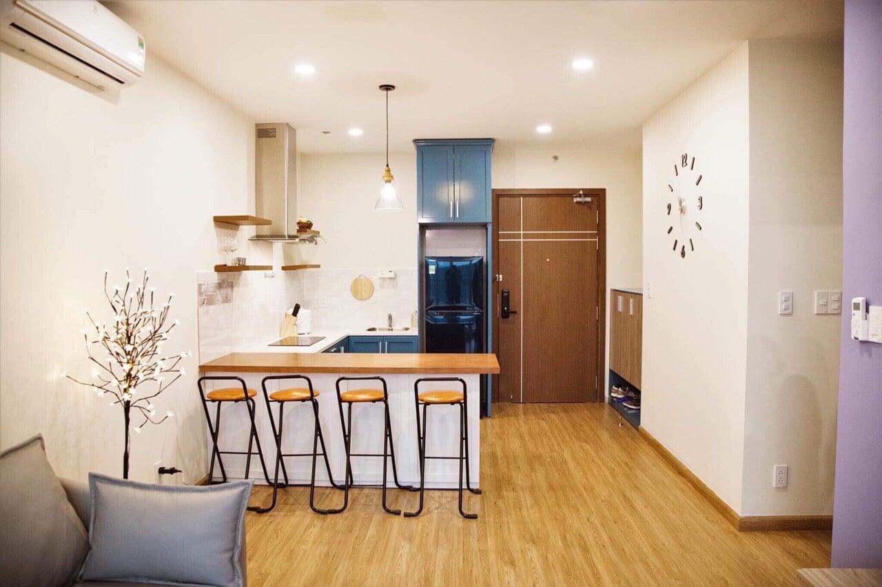 Phòng bếp căn hộ homestay Sapphire Hạ Long