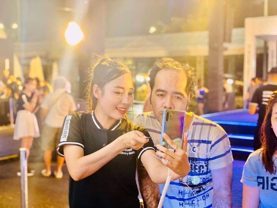 show diễn anh sáng của samsung tại hạ long