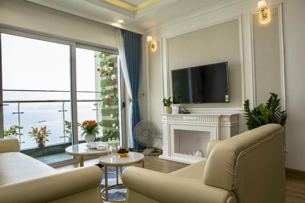 Không gian phòng khách của căn hộ luxury 2 ngủ