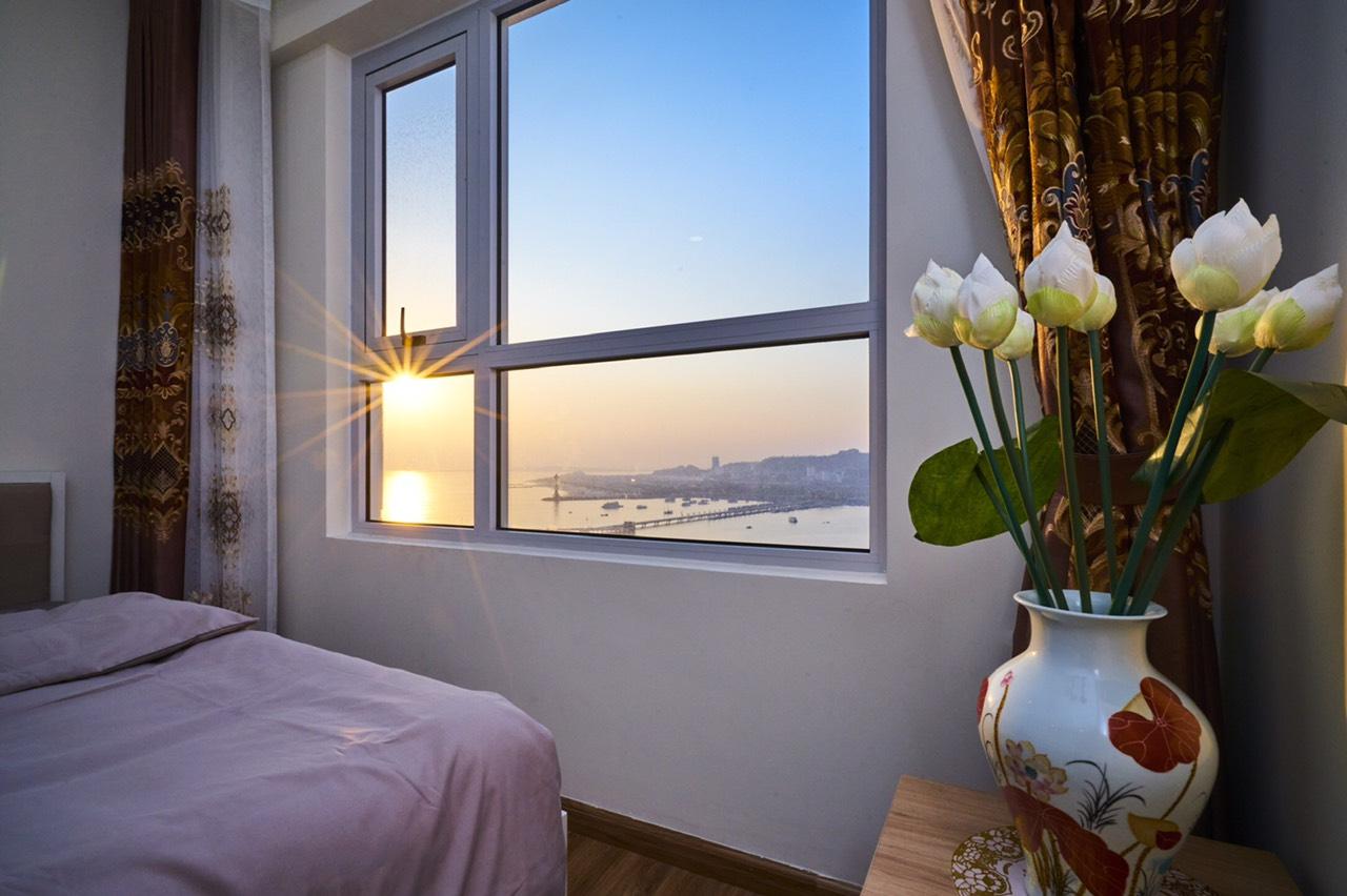 view biển từ phòng ngủ căn 2808