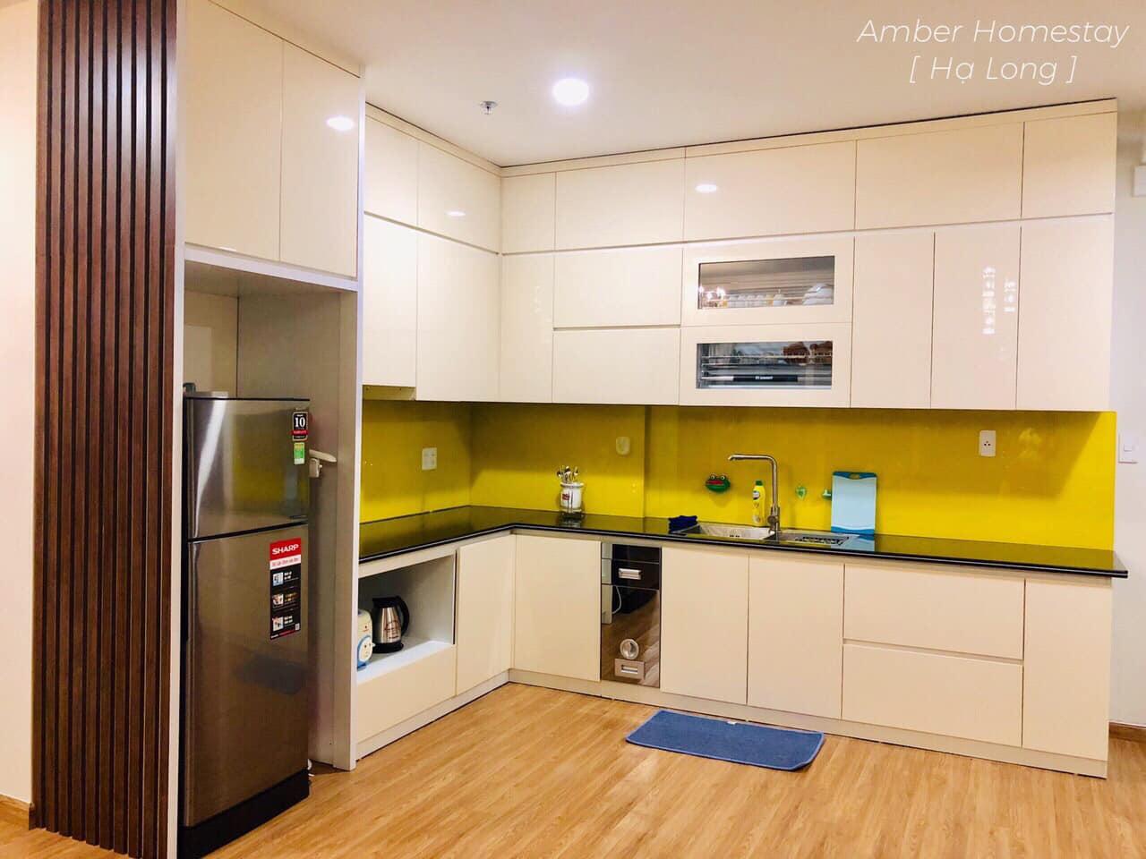 phòng bếp của amber homestay