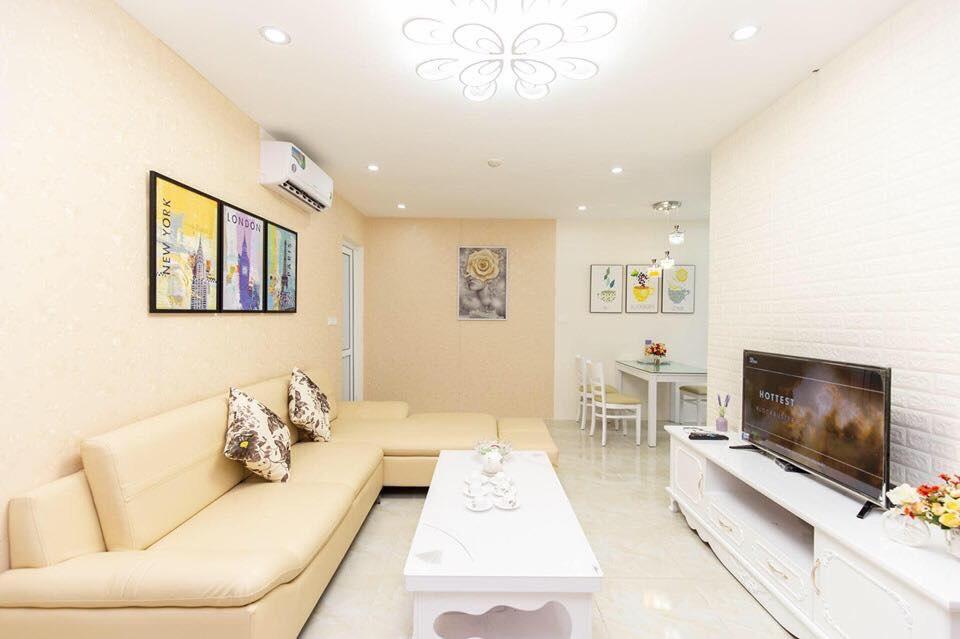 Phòng khách căn hộ homestay 2611A newlife