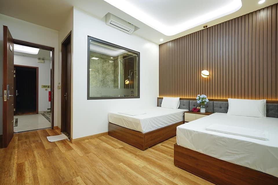 phòng ngủ số 3 tai phòng BBQ Hostel Villa Hạ Long