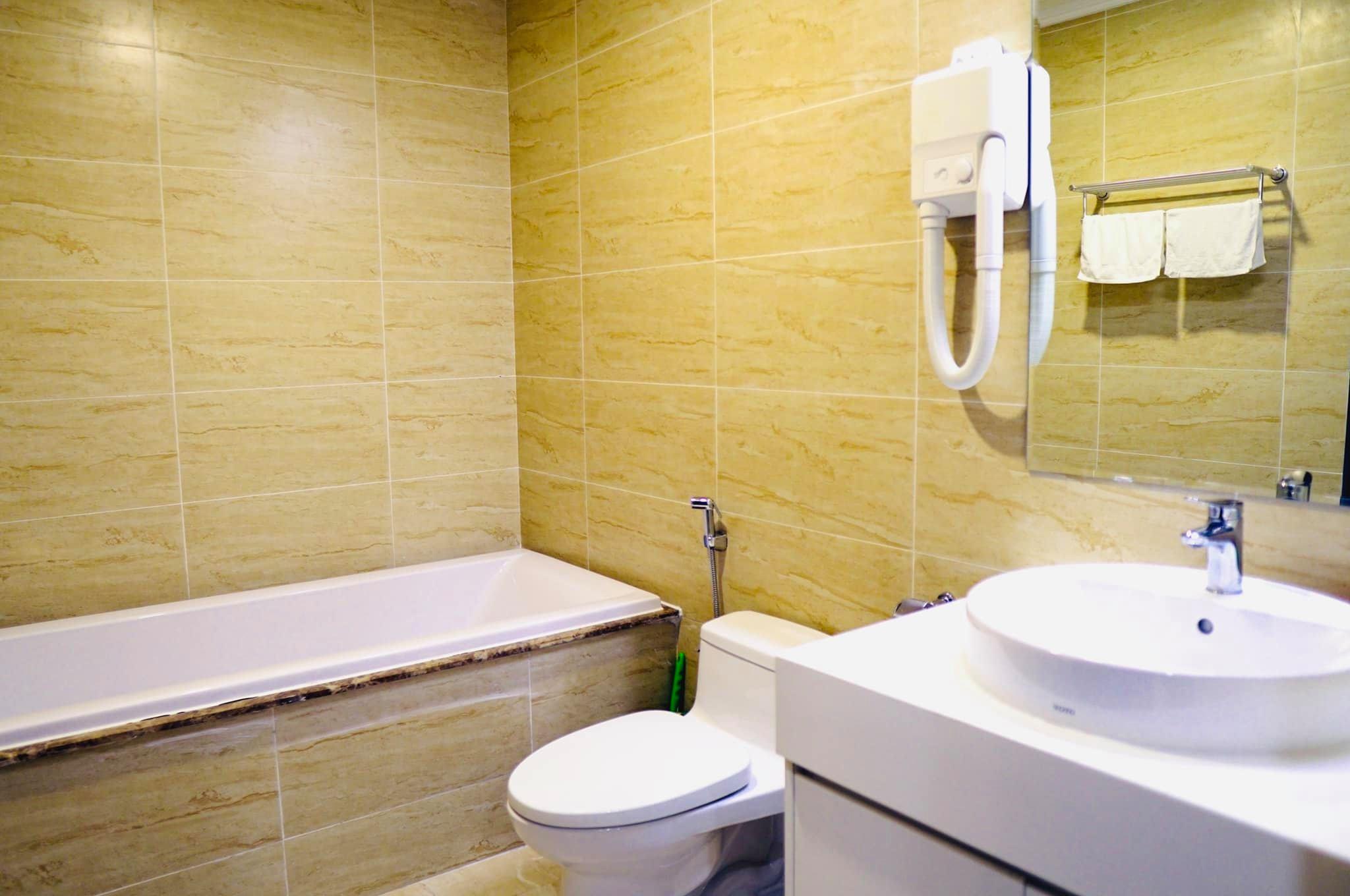 Phòng tắm của căn hộ Hoàng Sapphire