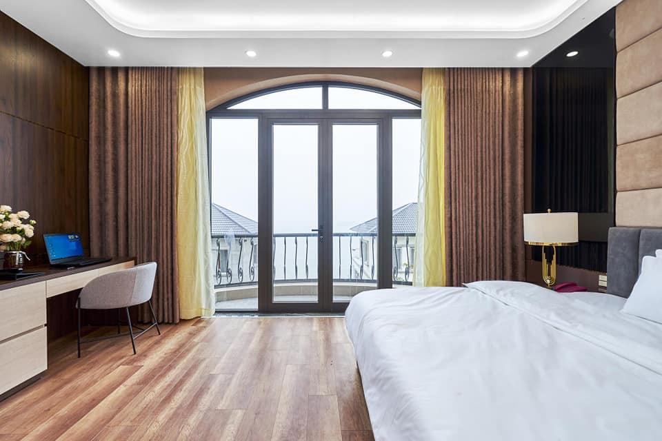 view từ ban công BBQ Hostel Villa Hạ Long