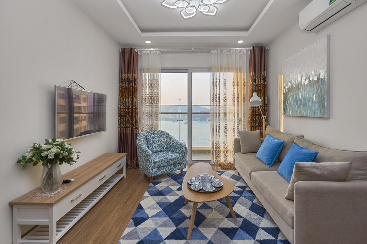 view biển từ căn hộ 2808