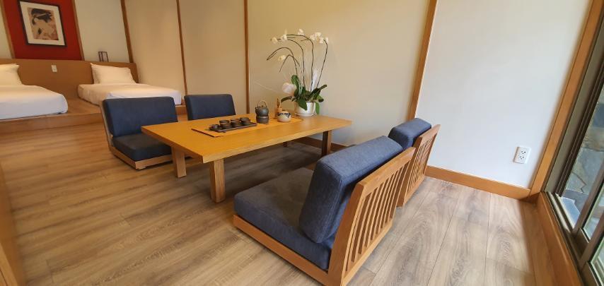 phòng khách Washitsu Itachi Onsen quang hanh